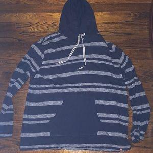 Airwalk hooded shirt
